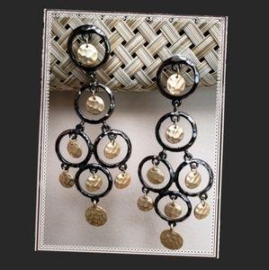 Jewelry - Chandelier black & gold earrings
